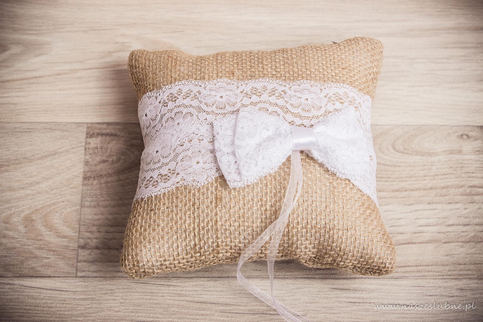 Poduszki na obrączki