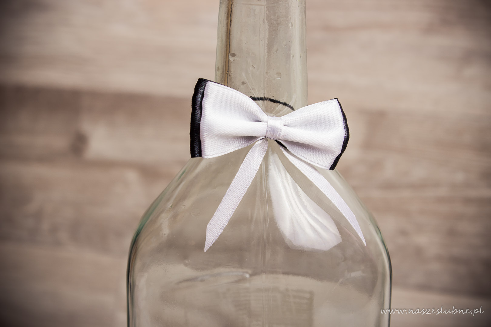 Zawieszka na alkohol – wzór nr 8